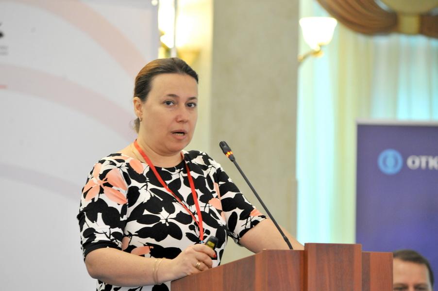 Исполнительный директор Союза предприятий печатной индустрии Елена Шитикова рассказала о печальном положении СМИ страны.