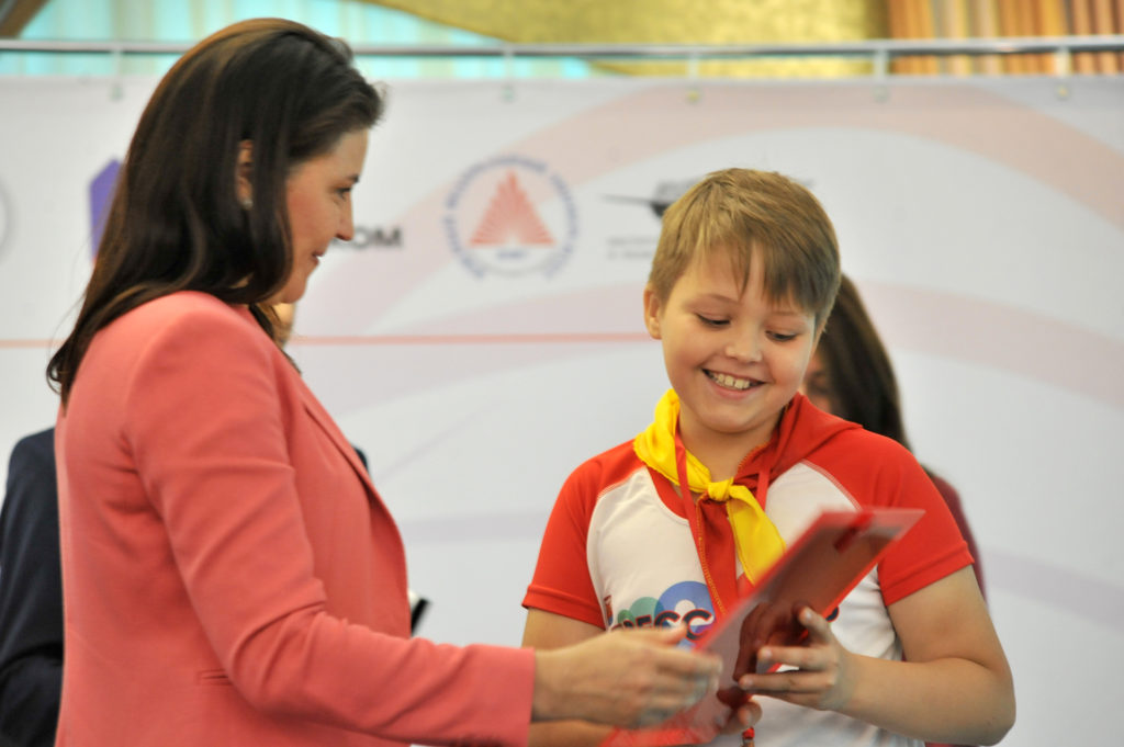 Победителям конкурса «Юный журналист Дона» вручены награды.