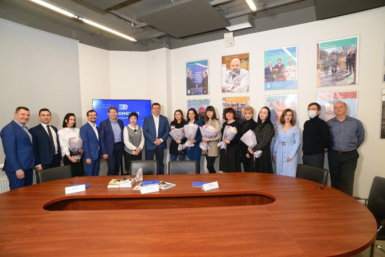 Сотрудники международного холдинга «ЕвроМедиа» пополнили ряды членов Союза журналистов России