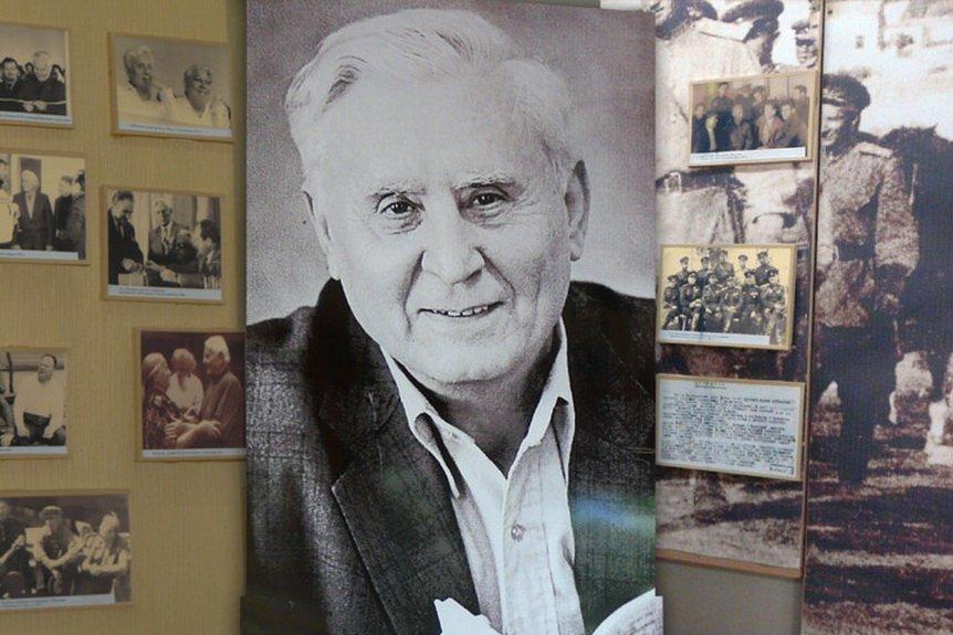 Рукопись военного очерка Анатолия Калинина передадут в дар музею